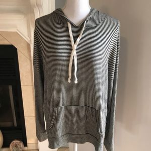 American Eagle Hoodie Gray/Black stripe size M